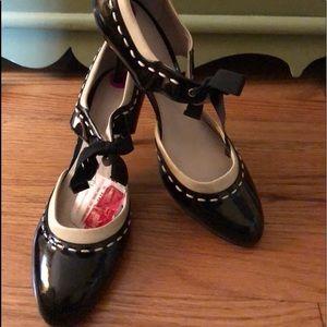 Anne Klein Patent Leather Heels -Size 8 1/2